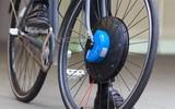 Bánh xe điện UrbanX, giúp chiếc xe bình thường trở thành một chiếc xe đạp điện