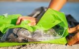 Chiếc túi giặt sạch quần áo như máy giặt trong ba phút