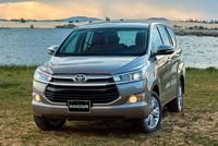 Xe Toyota và Mazda tiếp tục giảm giá đón tháng Ngâu