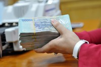Lại đề xuất đánh thuế lãi tiền gửi tiết kiệm