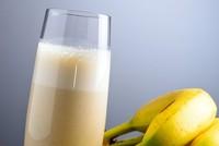 Điều gì xảy ra khi bạn ăn chuối và uống sữa cùng nhau?