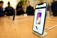 iPhone X chính hãng có thể về Việt Nam sớm, giá rẻ hơn