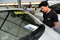 Nhiều khách Việt mặc cả khi mua ôtô