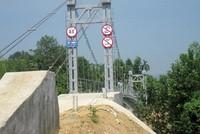 Chậm thanh toán tại Đề án Xây dựng 186 cầu treo dân sinh: Nguy cơ nhà thầu phá sản
