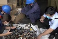 TP HCM tiêu hủy lô hàng lậu có giá hơn 20 tỷ đồng