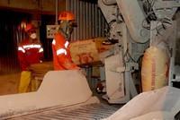 Xuất khẩu hơn 72 triệu tấn xi măng và clinker giai đoạn 2014-2017