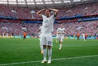 Tây Ban Nha 1-1 (penalty: 3-4) Nga: Các trung vệ là tâm điểm, Nga xứng đáng đi tiếp