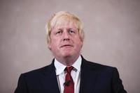 Bất đồng về Brexit, Ngoại trưởng Anh đệ đơn từ chức