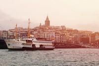 Tỷ phú Ấn Độ bỏ 227 tỷ đồng bao 3.500 nhân viên đi du lịch sang chảnh