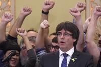 Lãnh đạo Catalonia có nguy cơ ngồi tù 30 năm