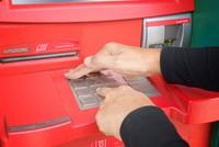 Chủ thẻ cần làm gì để tránh mất tiền từ ATM