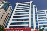 """Agribank đã trả lại tiền cho 3 khách hàng """"bỗng dưng"""" mất tiền trong đêm"""