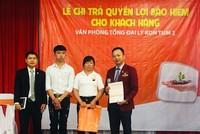 Hanwha Life Việt Nam chi trả quyền lợi bảo hiểm 250 triệu đồng cho khách hàng ở Kon Tum