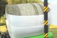 Cỗ máy quấn cỏ khô