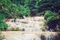 Lạc trôi giữa thác Mây bình yên