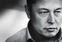"""""""Dị nhân"""" Elon Musk - từ kẻ bị bắt nạt đến người thú vị nhất giới công nghệ"""