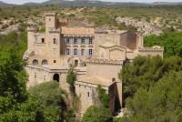 Lâu đài Château de La Barben ở Pháp được rao bán với giá 17 triệu USD
