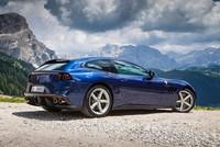 Ferrari GTC4 Lusso - Siêu xe vừa thể thao vừa đa dụng