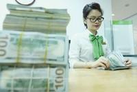 USD tiếp chuỗi ngày giảm giá, vì sao tỷ giá USD/VND vẫn đứng im?