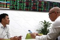 Cổ phiếu chứng khoán, ngân hàng tiếp tục tỏa sáng?