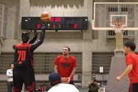Tương lai robot có thể thay thế vận động viên bóng rổ chuyên nghiệp