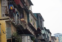 """Những hình ảnh """"xem cũng ghê người"""" tại chung cư cũ Hà Nội"""