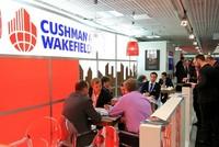 """Thương vụ DTZ thâu tóm Cushman & Wakefield, kẻ """"đi săn"""" bị mất thương hiệu"""