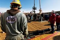 Nguồn cung dầu sẽ tăng bất chấp quyết định của OPEC