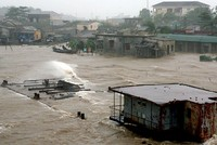 Mùa mưa bão, vai trò bảo hiểm lại được nhắc tới