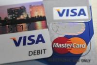 """Cho vay tiêu dùng, cẩn thận """"dính vết"""" lý lịch tín dụng xấu"""