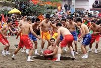 Vật cầu Kim Sơn, lễ hội hào sảng miền duyên hải