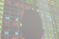 Thao túng giá cổ phiếu PDR, cá nhân bị xử phạt 550 triệu đồng