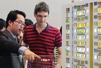 Người nước mua nhà tại Việt Nam: Vướng, gỡ vướng vẫn… vướng