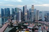 """Giá nhà trượt dài, doanh nghiệp địa ốc Singapore ôm """"núi nợ"""""""