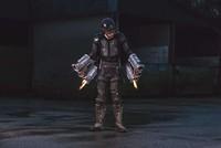 Độc đáo bộ giáp Iron Man ngoài đời thực giúp chủ nhân bay lên khỏi mặt đất