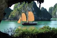Vịnh Hạ Long: Vẻ đẹp bất biến với thời gian