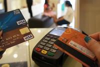 Làm sao để không 'vung tay quá trán' khi xài thẻ tín dụng?