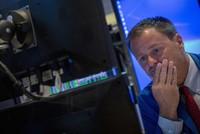 """Giới đầu tư toàn cầu """"án binh"""" đợi dữ liệu của Mỹ"""