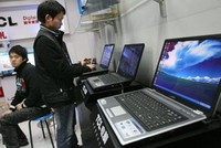 Kinh tế Trung Quốc chật vật chuyển mình