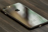Apple tăng đặt hàng iPhone 7 sau sự cố của Samsung