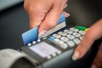 Những người nên tránh xa thẻ tín dụng