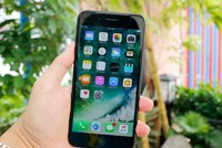 iPhone 7 gặp lỗi mất sóng khi tắt chế độ máy bay