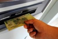 Từ ngày 28/11, mất tiền oan trong tài khoản sẽ được ngân hàng bồi hoàn trong vòng 5 ngày