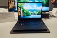 Laptop đầu tiên thế giới tích hợp sạc không dây