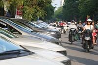 Hà Nội cấp phép cho gần 340 điểm trông giữ xe dưới lòng đường
