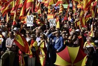 Hàng nghìn người Tây Ban Nha biểu tình đòi bỏ tù cựu lãnh đạo Catalonia