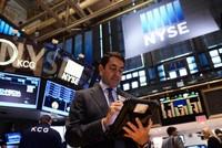 Đánh cược vào Fed, chứng khoán tiếp tục tăng mạnh