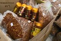 Chủ đường dây buôn bán thực phẩm chức năng sữa ong chúa giả tại Hà Nội lĩnh án