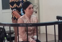 Chuyên viên tiếp dân quận Hai Bà Trưng, Hà Nội lừa chạy sổ đỏ