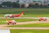 Nhiều chuyến bay Vietjet phải chuyến hướng do thời tiết xấu
